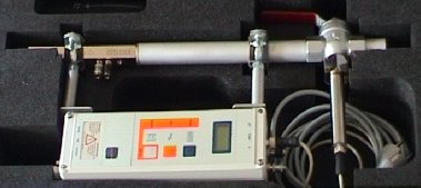 VSM-3K with measuring nozzle (left) and calorimetric sensor (right)